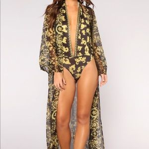 Other - Black & gold robe